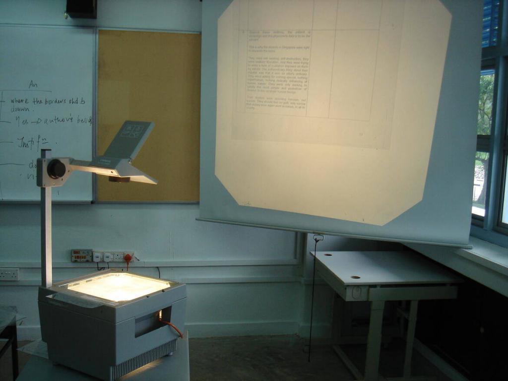 Haciendo los deberes con el Amstrad CPC 2