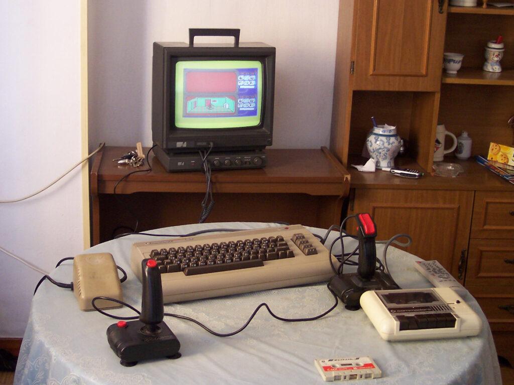 C64 conectado a CTM644 por sintonizador
